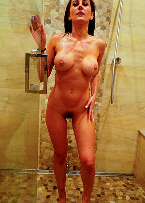 Ally nude gallery