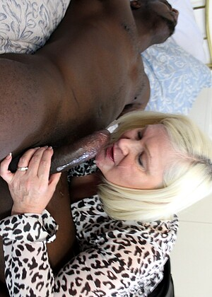 Lacey Starr nude gallery