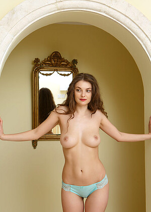 Veronika Glam nude gallery