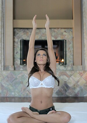 Madison Ivy nude gallery