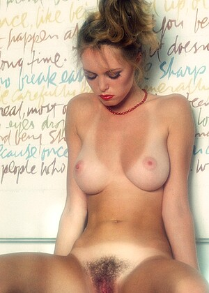 Tammy Hill nude gallery