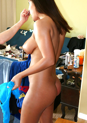 Erica Campbell nude gallery