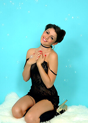 Bryoni Kate nude gallery