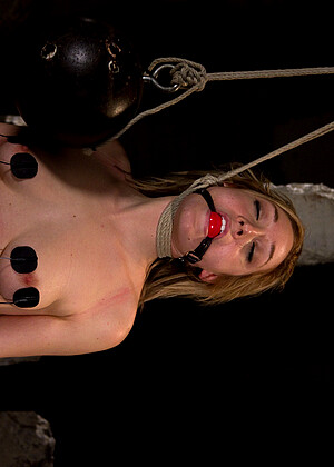 Lily Labeau nude gallery